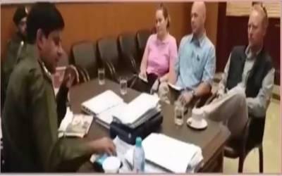 ڈی آئی جی آپریشنز لاہور شہزاد اکبر سے برطانوی وفد کی ملاقات