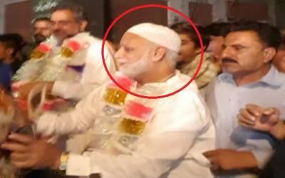 شاہد خاقان عباسی کی انتخابی مہم کے دوران لیگی رہنما رحمت علی لٹ گئے