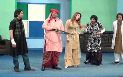 محکمہ داخلہ پنجاب نے تھیٹروں میں بیہودہ ناچ گانوں پرسخت نوٹس لے لیا