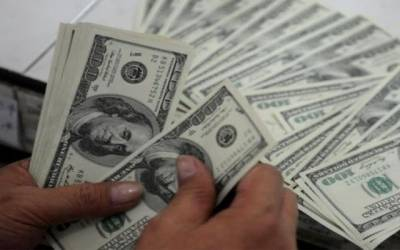 غیر ملکی قرضے پی ٹی آئی حکومت کیلئے درد سر بن گئے