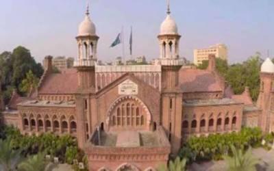 ڈی پی او سیالکوٹ صحافیوں سے الجھ پڑے، آئی جی پنجاب عدالت پیش