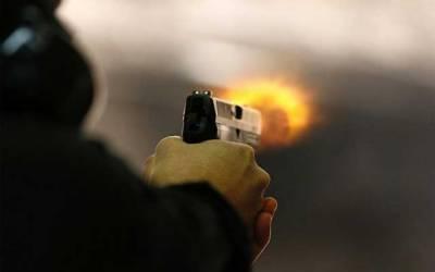 ون ویلرز کی فائرنگ سے نوجوان جاں بحق