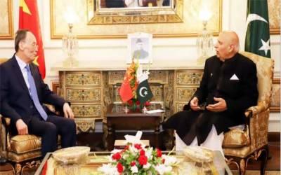 چینی نائب صدر کی گورنر پنجاب سے ون آن ون ملاقات