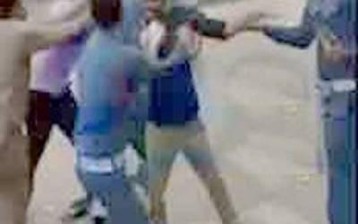 ٹریفک وارڈنز پر تشدد کرنا وائس چیئرمین کو مہنگا پڑ گیا