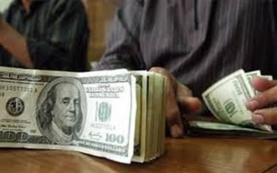 ڈالر انٹر بنک میں ایک روپے، اوپن مارکیٹ میں پچاس پیسے مزید مہنگا