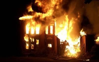 سمن آباد آتشزدگی کا واقعہ، لاکھوں کا سامان جل کرخاکستر