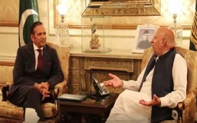 گورنر پنجاب سےانڈین ہائی کمشنر کی ملاقات، مسئلہ کشمیر پر گفتگو
