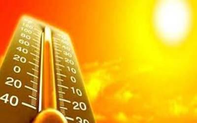 سورج کا پارہ ہائی، بادلوں کے رخصت ہوتے ہی گرمی نے پنجے گاڑ دیئے