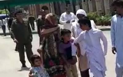 بچے داد، دادی کے پاس رہیں گے یا ماں کے، لاہورہائیکورٹ نے فیصلہ سنا دیا