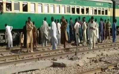 گڑھی شاہو میں کراچی پھاٹک پر افسوسناک حادثہ