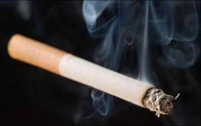 ضلعی انتظامیہ طلبہ کو سگریٹ فروخت پر پابندی پر عملدرآمد کروانے میں ناکام
