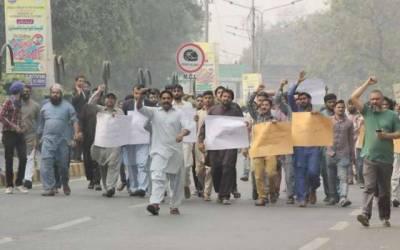 تاجروں نے حکومت کیلئے خطرے کی گھنٹی بجادی