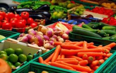 منافع خور مافیا کا راج برقرار، سبزیوں کی قیمتیں آسمان کو چھونے لگیں