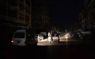 شہر کی اہم شاہراہوں پر تاریکی کے ڈیرے