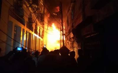 اردو بازار میں آتشزدگی، بڑا نقصان