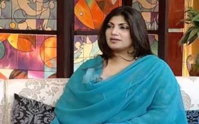 گلوکارہ سائرہ نسیم نے بھی خودکو فیملی سمیت گھر میں محصور کر لیا