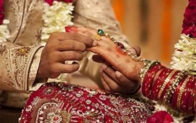 شوہر کی دوسری شادی پر پہلی بیوی کی جشن مناتے ویڈیو وائرل
