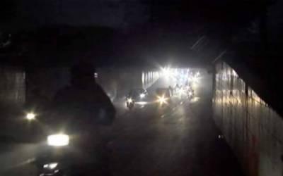 ماڈل شاہراہوں علاوہ شہرکے پانچ انڈر پاسز کی لائٹس بند ہونےکا انکشاف