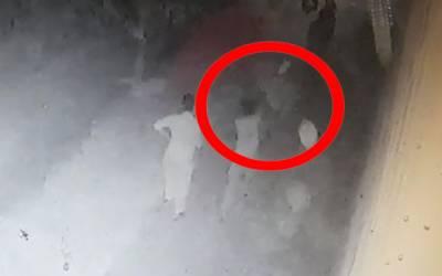 نامور سیاسی رہنما کے بیٹے کی سرعام ہوائی فائرنگ کی ویڈیو وائرل