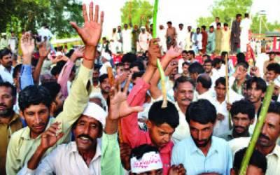 کسانوں نے ایک بار پھر احتجاج کرنے کا عندیہ دے دیا