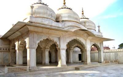 موتی مسجد سے سکھ دور کا توشہ خانہ دریافت
