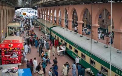 پاکستان ریلوے بوگیوں کی قلت کے باعث متاثر
