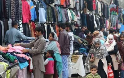 لنڈے بازار میں ایس او پیز کی دھجیاں اڑادی گئیں