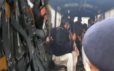 سیشن کورٹ کے باہر سے 7 مسلح افراد گرفتار