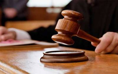 غیر قانونی ہاؤسنگ سوسائٹیز کیس، سیکرٹری بلدیات، سیکرٹری ہاؤسنگ عدالت طلب