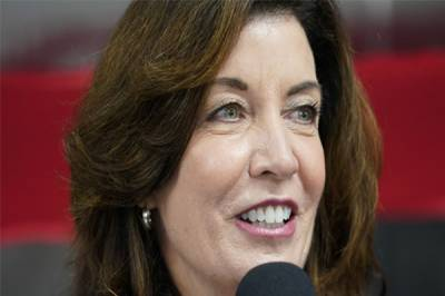 خاتون سیاست دان نیویارک کی نئی گورنرمقرر